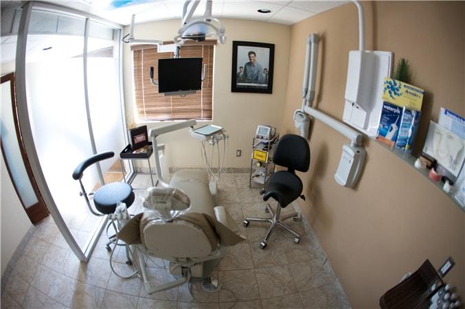 Pacific Dental Care Exam Room